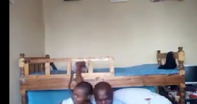 Viral video of a Class teacher who was caught sleeping with 10-year-old student (Video)