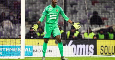 Rennes goalkeeper Mendy