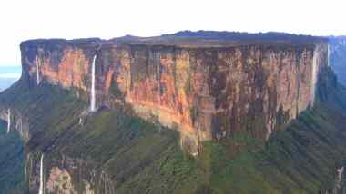 Những bí ẩn của Núi Roraima: Bằng chứng của những vết cắt nhân tạo? 8