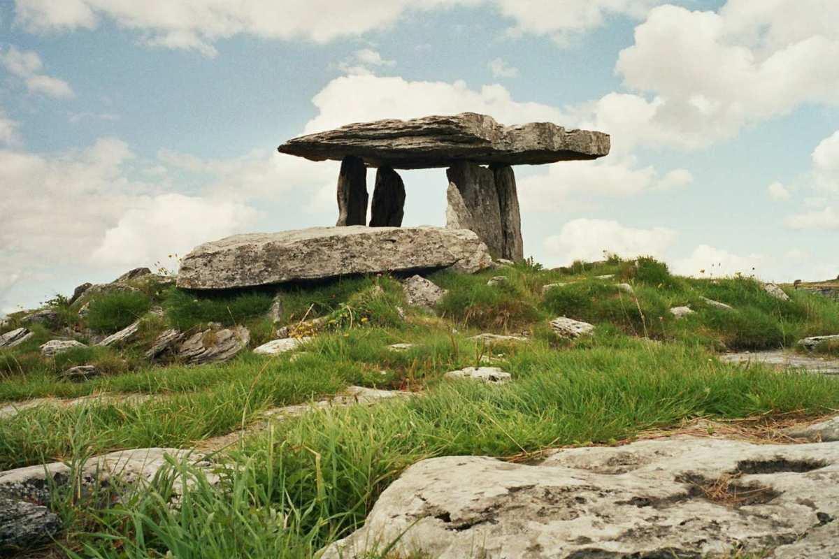 Poulnabrone Dolmen, County Clare, Ιρλανδία