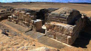 Θα μπορούσε αυτός ο τάφος 4,600 ετών της Αιγυπτιακής βασίλισσας να είναι απόδειξη ότι η κλιματική αλλαγή έληξε τη βασιλεία των Φαραώ; 26
