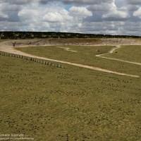 ストーンヘンジ近郊の地下から4500年前のスーパーヘンジが発見される