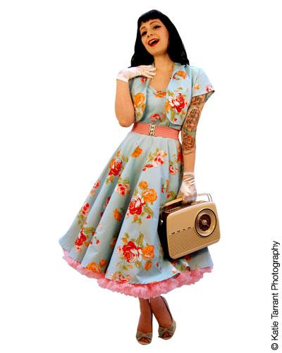 vivien holloway dress