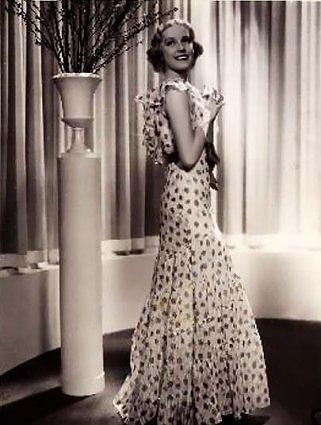 1930's bias cut dress fashion