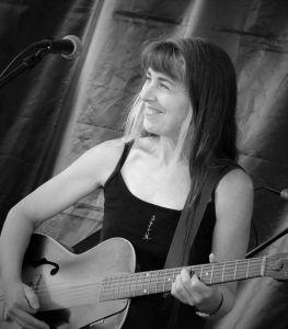 Michelle Belanger at Four Oaks Fest, Mocksville (photo by Donna Boyter Phillips)
