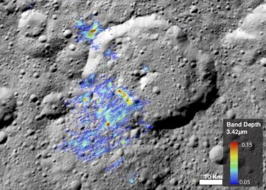 Material orgánico detectado en el cráter Ernutet de Ceres. Las moléculas orgánicas son los «ladrillos» químicos