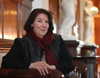 Galveston Author Saralyn Richard