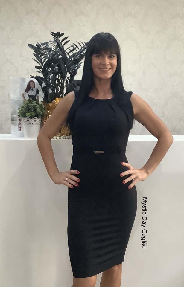 Habcukor fekete ruha