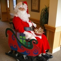 Santa Claus Chair Modern Accent Is Doing Well After Being Injured? - Mystic Christmas Blog