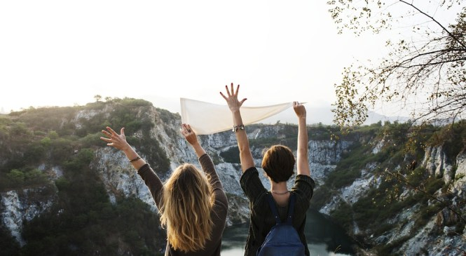 8 Reasons To Consider Why You Should Travel Full Time