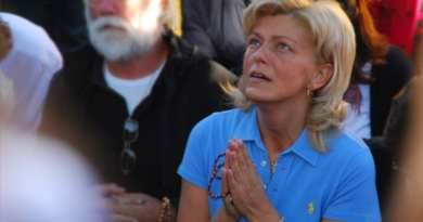 "Medjugorje Visionary Answers Question: ""Does Our Lady say anything about radical Islam because it's getting very scary out there?"""