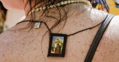 You can become a real 'Knight of the Virgin Mary':…Are you already wearing the scapular?