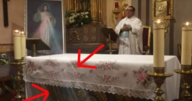 "A Miracle? Priest has no doubt – Explains the Divine Mercy Miracle that took place in his church…"" Lord, I trust you! Thank you for making yourself present in our devotion to Divine Mercy."""