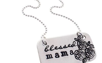 Personalized Mother's Day Jewelry | Mother's Day Gift Guide
