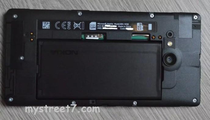 Lumia 735 sub capac