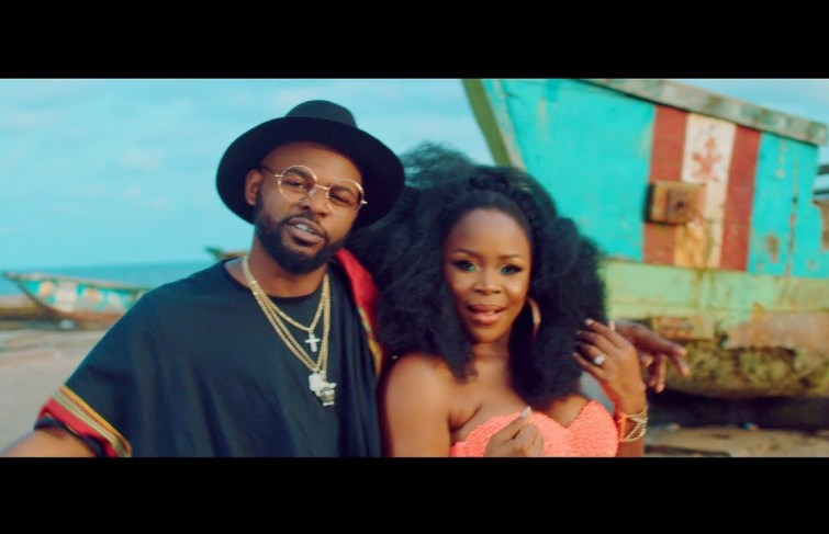Omawumi featuring Falz – Hold My Baby