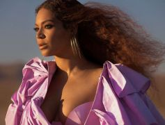 Beyoncé and Blue Ivy In 'Spirit' Music Video