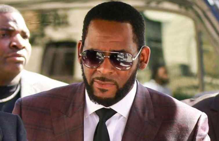 R. Kelly Alleged Joycelyn Savage Is Leaving Him Because He's Broke