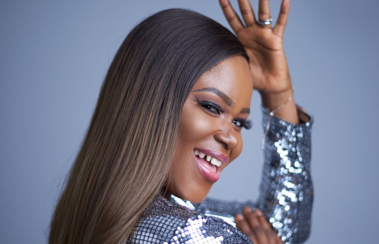 De-Ola Unleashes New Photos In Anticipation Of Her EP In April