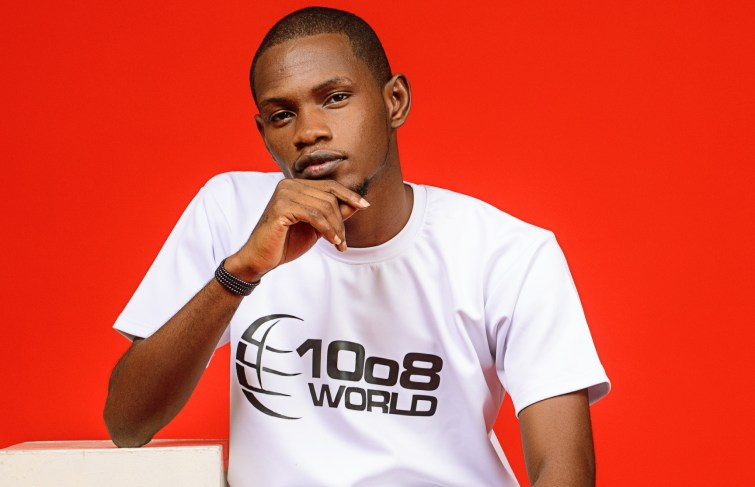 Kolade Dominate – The Most Enthralling Voice On Splash 105.5FM Ibadan