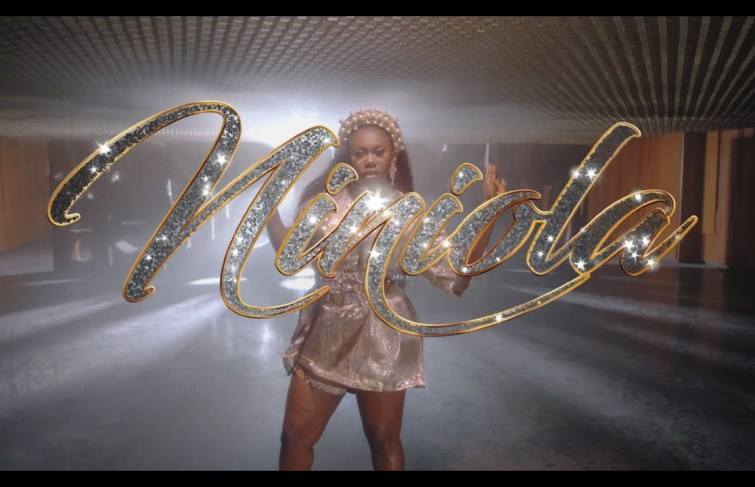 Niniola Releases Video For 'Addicted'