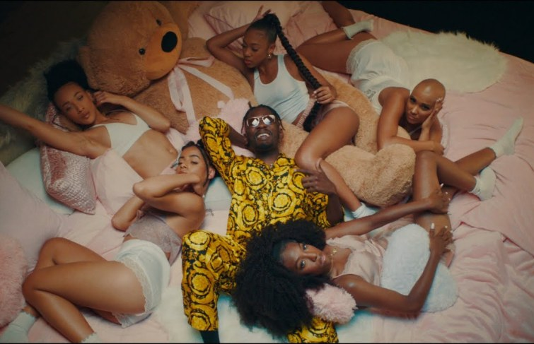 Mr Eazi Featuring J Balvin – Lento