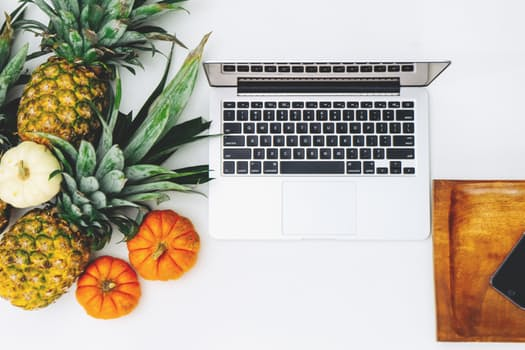 Tips for a healthier 9-5 work day!