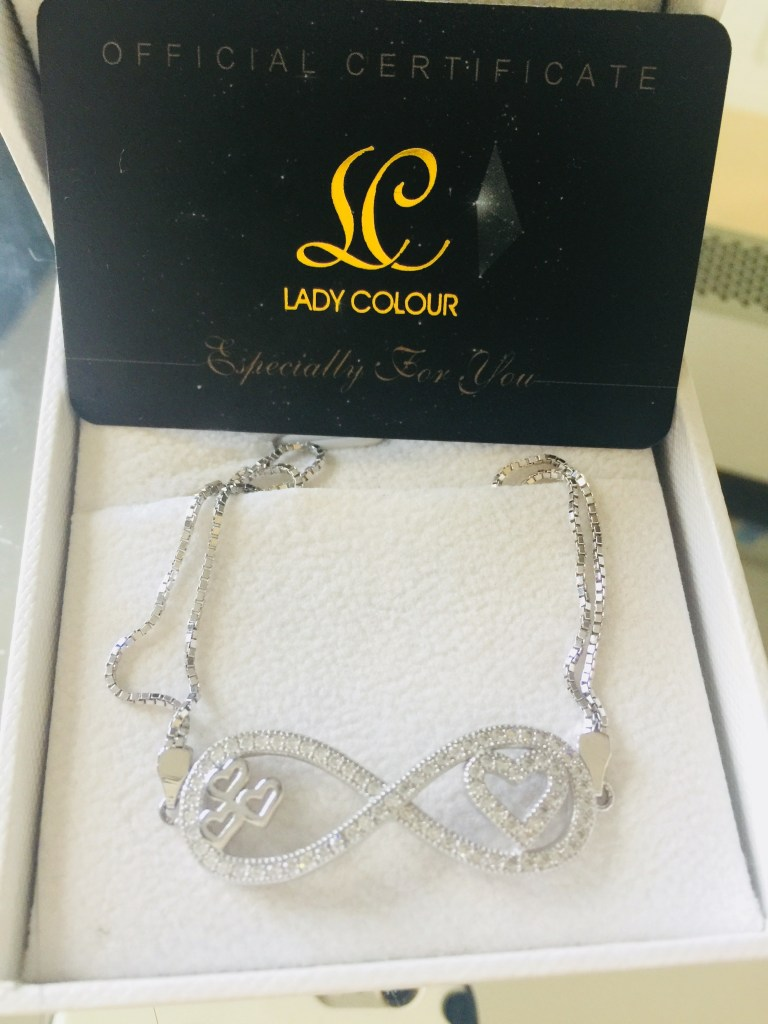 GIVEAWAY: Win a Gorgeous Silver Cubic Zirconia Heart Detailed Infinity Bracelet for Valentine's Day + TONS of Other Prizes