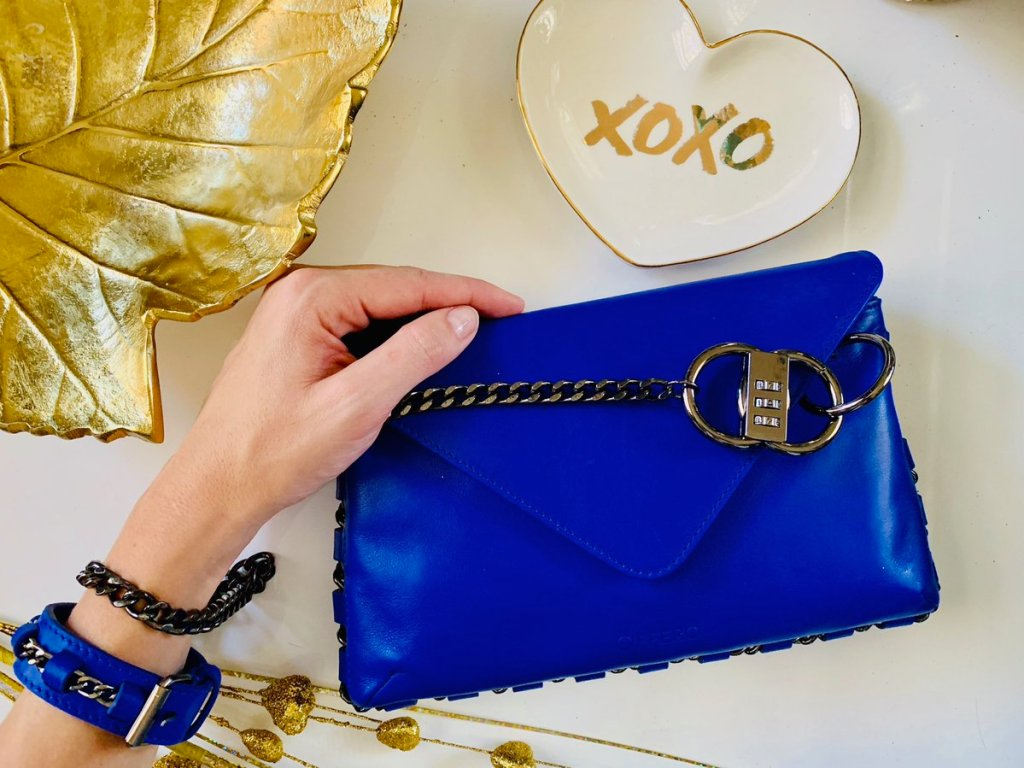 Offero leather handbag giveaway 2