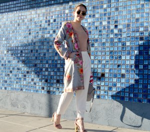 KarlaVargas-Embroidery-Coat-EmbroideryCoat-SanDiegoBlogger-WhitePants-Spring2017