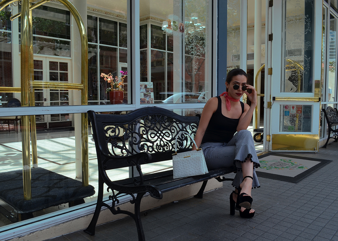 HortonPlazaHotel-SanDiego-KarlaVargas-MyStyle-MyStylosophy-GinghamPants-Summer2017-HowToWearHingham-VintageStyle-SanDiegoStyleBlogger-MexicanBlogger