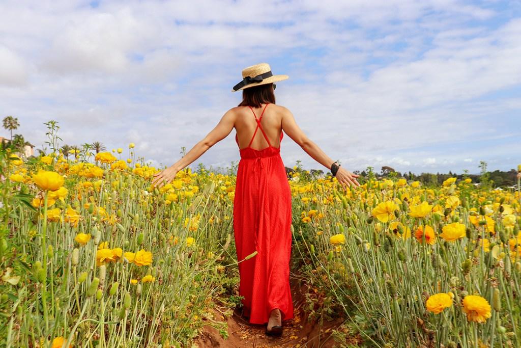 KarlaVargas-SanDiego-FlowerFields-RedDress-SummerDress-SummerStyle-PolkaDot-PolkaDotDress-PolkaDress-RedDress