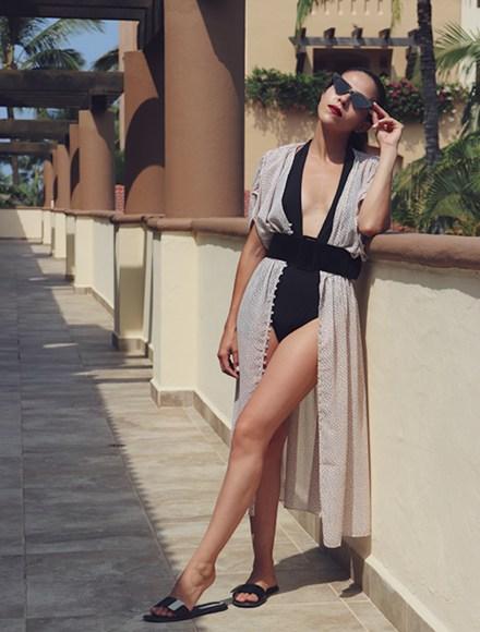Summer-Swimwear-Travel-HowToWear-SummerStyle-SummerDress-Summer2018-Dresses