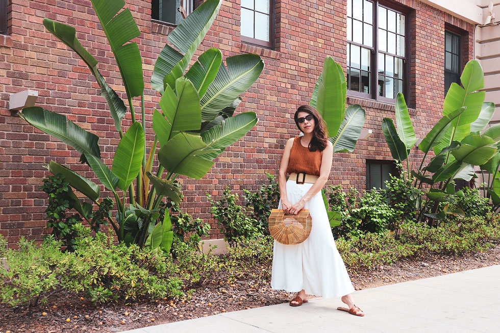 How to style cult gaia bag