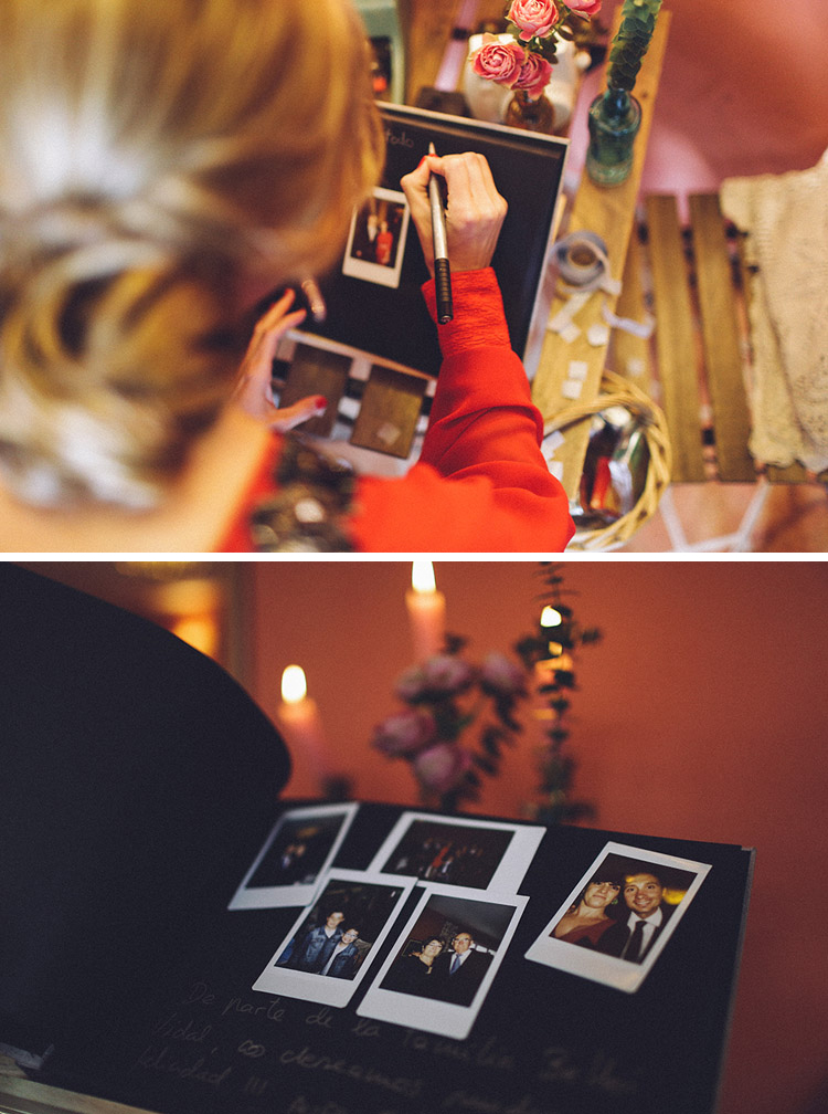 Wedding guest book signature idea with polaroids. Gorgeous wedding in Spain | More on: http://mysweetengagement.com/gorgeous-wedding-in-spain - Photo: David Fernández