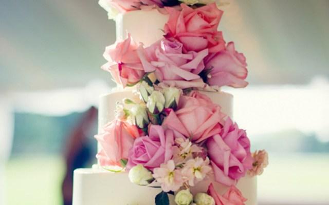 15 Extraordinários Bolos de Casamento para todos os Estilos