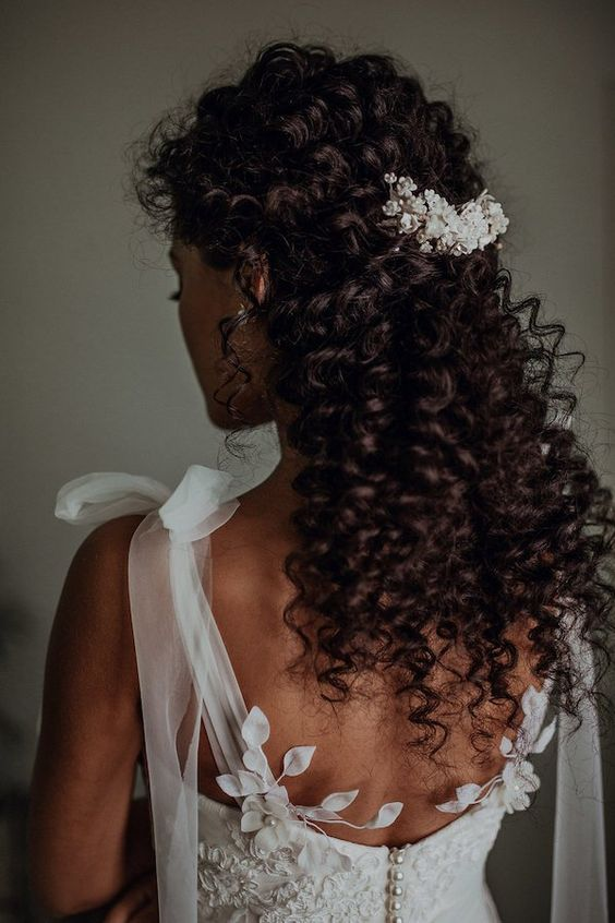 Natural Curly Hair Bridal Hairstyle Ideas To Love My Sweet