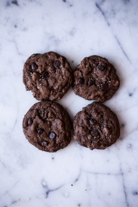 The best chewy double chocolate chip cookies you will ever have | chocolate addiction | chocolate chip cookies | chewy chocolate cookies | baking | baking with chocolate | Dessert | kid approved | baking with kids | Valentines treat | valentines cookies