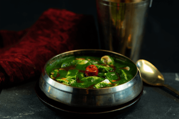 healthy-curry-spicy-paneer-and-mushroom-curry-in-spinach-and-milk-gravy-1024x1024-1-1