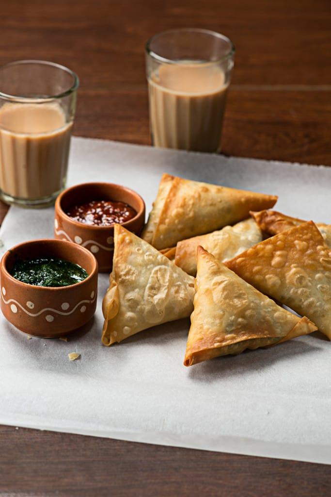 Punjabi Samosa Recipe using Readymade Samosa Patti or ...
