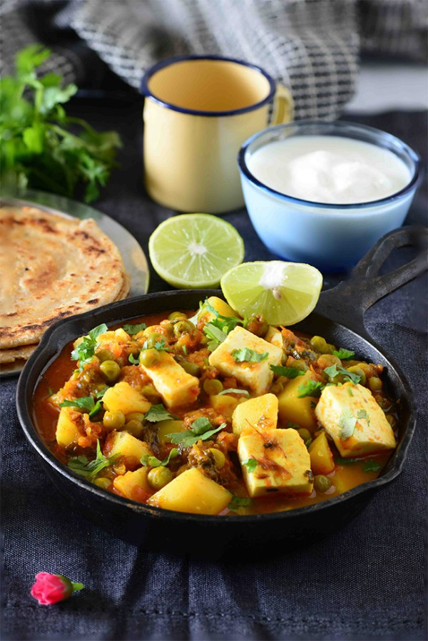 recipe: aloo matar paneer (simmered potatoes with peas and paneer) [14]