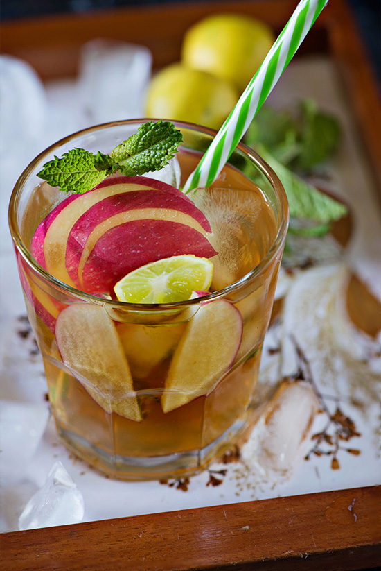 Homemade Apple Ice Tea. Simple and so easy to make and absolutely perfect for the summertime. This summer try this delicious Apple iced tea recipe for a refreshed and rejuvenated feeling!