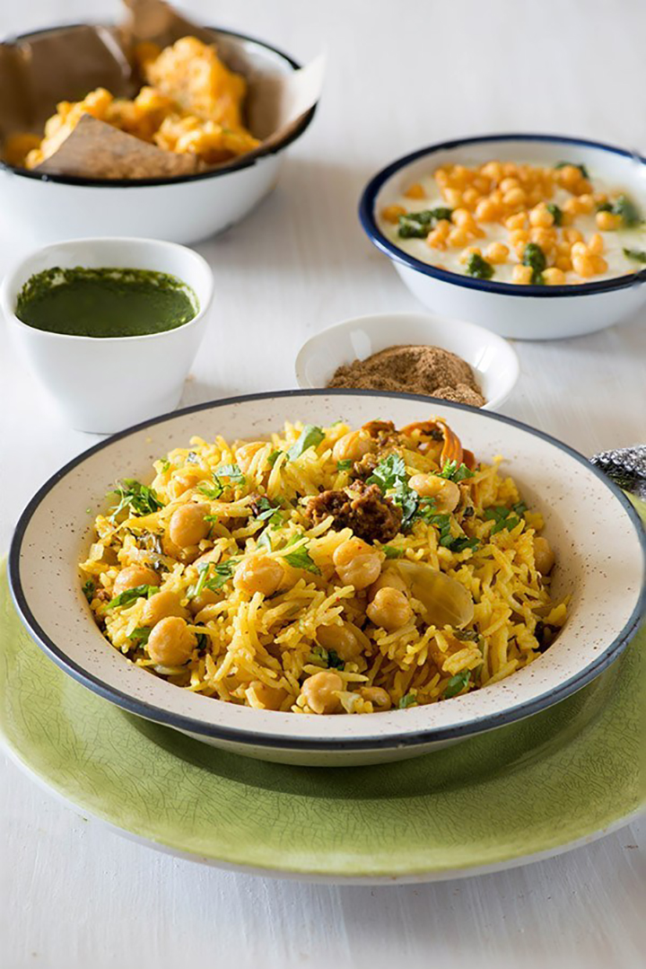 Easy chana pulao recipe which makes delicious and wholesome one pot meal for familycuisine.net is Punjabi chana pulao recipe with a flavorful Amritsari twist