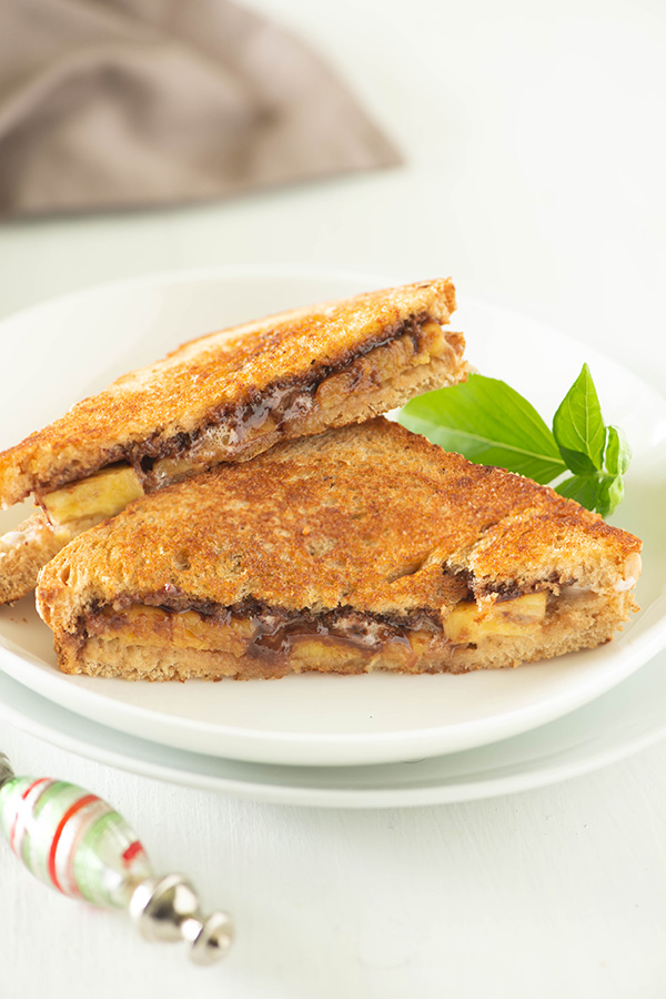 Nutella Banana marshmallow sandwich