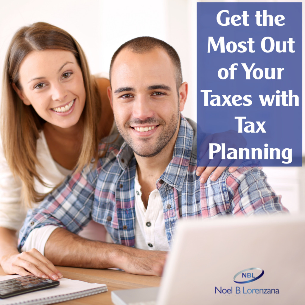 Image of husband and wife with a message emphasizing tax planning to reduce income tax payable. Taxman can file online.