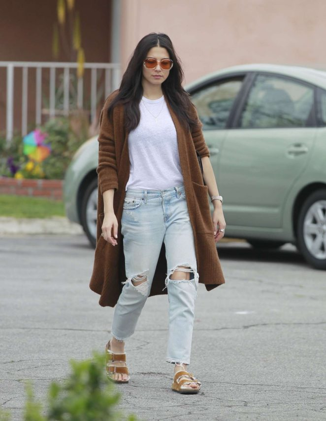 Jessica Gomes – Heading to the studio in Hollywood