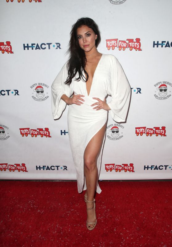 Cassie Scerbo – 2018 Winter Wonderland Toys for Tots Party in LA