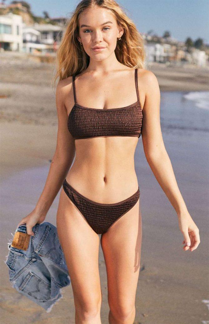 Faith Schroder in Bikini - Social Media Pics