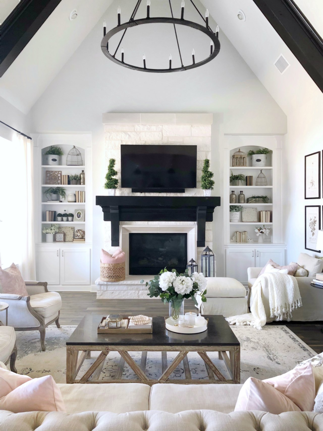 Kitchen and Living Room Tour  Sources  My Texas House