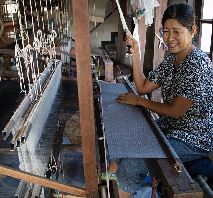 Thai Silk Weaver